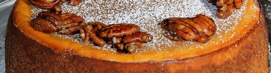 Pumpkin-Pecan Cheesecake.  Turkey Day Delight.
