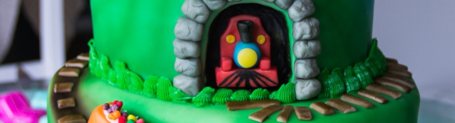 Next stop…Cakeville. [Train Cake]